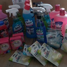 Przekazaliśmy środki czystości, kredki, mazaki i kosmetyki